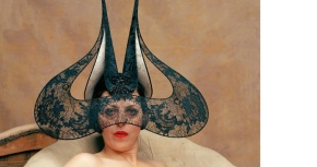 Exhibition.Isabella Blow: Fashion Gallore!